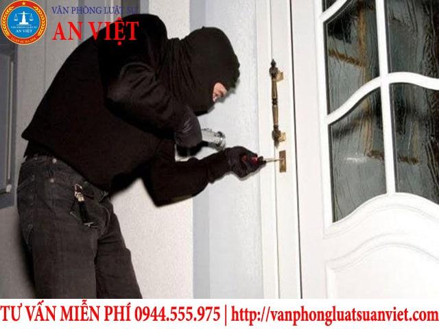 hành vi trộm cắp tài sản có bị xử lý hình sự không