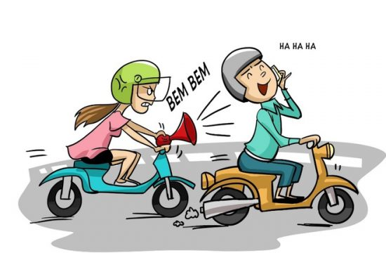 sử dụng điện thoại khi tham gia giao thông